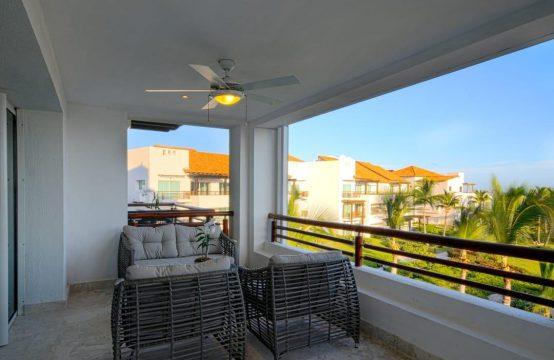 Piękny trzypokojowy apartament przy białej plaży z jacuzzi na tarasie. Prestiżowa lokalizacja