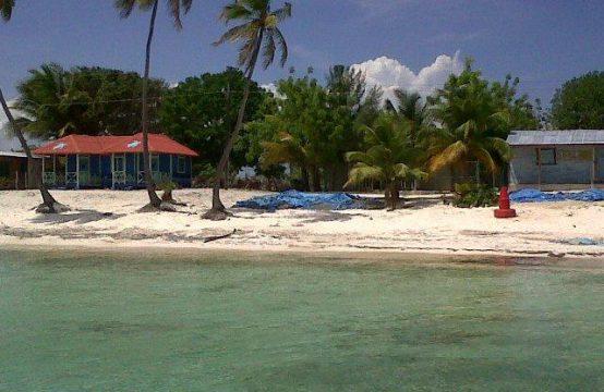 Domek z działką na plaży w parku narodowym na wyspie Saona!